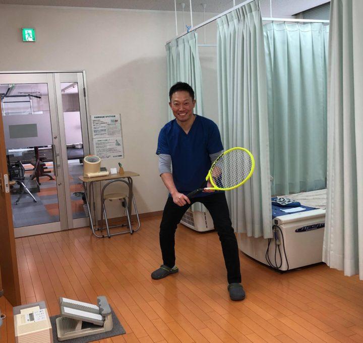 新調したテニスラケット