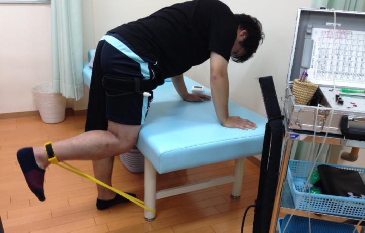 加圧トレーニングで膝関節のリハビリ